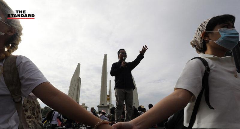 ประมวลเหตุการณ์ช่วงเช้า '14 ตุลาคม คณะราษฎรชุมนุมใหญ่' หมุดหมายสำคัญหน้าประวัติศาสตร์ไทย