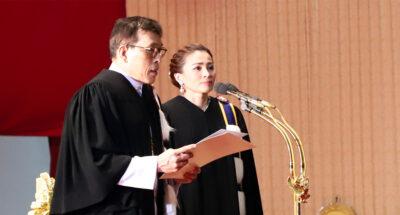 ในหลวง พระราชินี พระราชทานปริญญาบัตรบัณฑิตมหาวิทยาลัยธรรมศาสตร์
