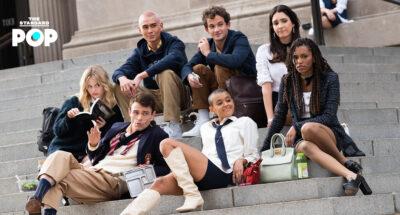 """Hey Upper East Siders"" ภาพเบื้องหลังการถ่ายทำ Gossip Girl เวอร์ชันใหม่ที่มหานครนิวยอร์ก"