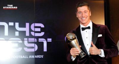 โรเบิร์ต เลวานดอฟสกี ควง ลูซี บรอนซ์ คว้ารางวัลนักฟุตบอลยอดเยี่ยมแห่งปี FIFA