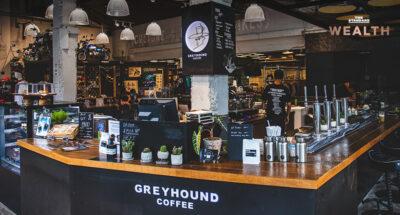 'Greyhound' ปั้นแบรนด์ Greyhound Coffee หวังแทรกกลางระหว่าง Cafe Amazon และ Starbucks