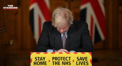 ผู้เชี่ยวชาญชี้ รัฐบาลอังกฤษบกพร่องยับยั้งโควิด-19 หลังยอดเสียชีวิตทะลุแสน