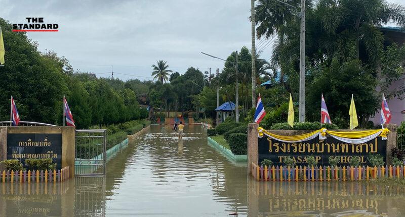 น้ำท่วมยะลาเริ่มคลี่คลาย ชาวบ้านทำความสะอาดบ้านเรือน-โรงเรียน คาดหนึ่งสัปดาห์เข้าสู่ภาวะปกติ