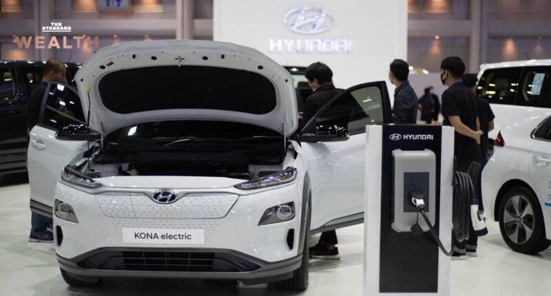 เผยดีล Hyundai และ Apple พัฒนารถไฟฟ้าอาจ