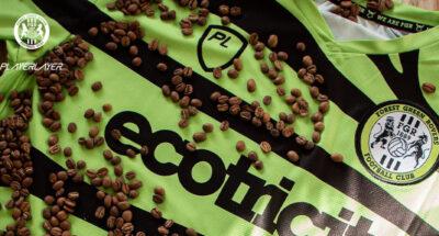 ฟอเรสต์ กรีน โรเวอร์ส สโมสรฟุตบอลแรกของโลกที่ผลิตชุดแข่งจาก 'กากกาแฟ'