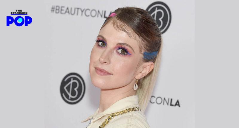 Hayley Williams คอนเฟิร์ม พร้อมกลับมาทำผลงานเพลงชุดใหม่กับวง Paramore