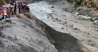 ธารน้ำแข็งหิมาลัยแตก ส่งผลน้ำท่วมฉับพลัน เสียชีวิตแล้ว 14 สูญหายเกิน 170