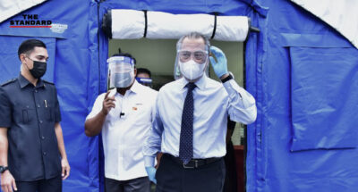 นายกรัฐมนตรีมาเลเซีย ประเดิมฉีดวัคซีนต้านโควิด-19 คนแรกของประเทศ