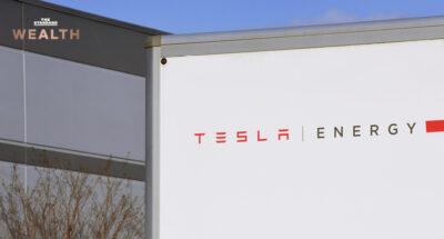 Tesla-เตรียมตั้งโรงจัดเก็บพลังงาน