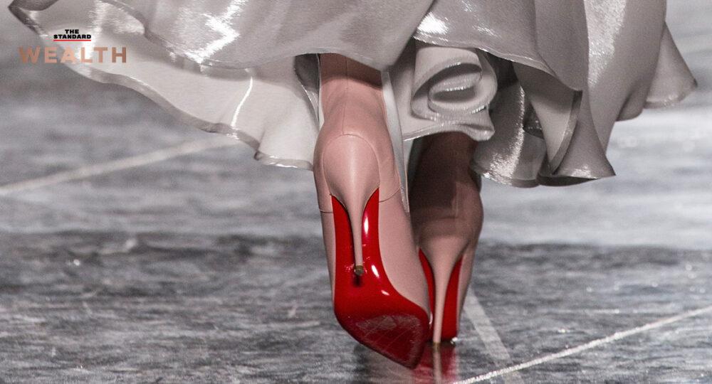 ครอบครัวมหาเศรษฐีชาวอิตาลีทุ่มเงิน 2 หมื่นล้านบาท เข้าถือหุ้น 24% ใน Christian Louboutin แบรนด์รองเท้าหรูที่มีเอกลักษ์ด้วยพื้นแดง