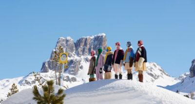 Miu Miu Fall/Winter 2021 คอลเล็กชันสำหรับคนที่อยากหนีความเป็นจริง เพื่อไปเล่นสกีบนเทือกเขา Dolomites ประเทศอิตาลี