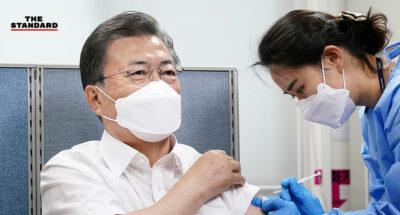 ประธานาธิบดีเกาหลีใต้ฉีดวัคซีน AstraZeneca ก่อนขยายการฉีดครอบคลุมผู้สูงอายุ-บุคลากรแพทย์อีกเกือบ 300,000 คน