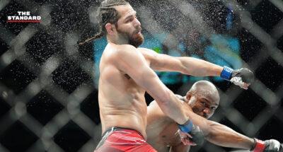 UFC 261 น็อกทุกคู่! คามารู อุสมาน ยิงหมัดขวาส่ง ฮอร์เฮ มาสวิดัล หลับ, จางเหว่ยลี่ เสียแชมป์