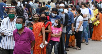 อินเดียหวนใช้ยาแรง 'ล็อกดาวน์-เคอร์ฟิว' หลังเผชิญโควิด-19 ระบาดรอบ 2 ทำสถิติติดเชื้อวันเดียว 103,558 ราย