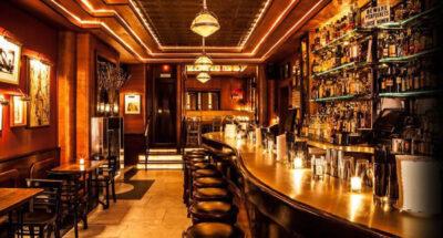 ไม่รู้ว่าต้องอิจฉาหรือว่าสุขใจ แต่ 3 พฤษภาคมนี้เหล่านิวยอร์กเกอร์สามารถกลับไปนั่งดื่มที่บาร์ได้แล้ว