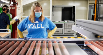 Apple ควัก 1,400 ล้านบาท ลงทุนใน Corning ผู้ผลิตกระจก 'Gorilla Glass' อัดงบวิจัย พัฒนานวัตกรรมจอกระจกแบบทนทาน