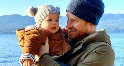 เจ้าชาย Harry และ Meghan Markle บริจาคหมวกบีนนี่ 200 ใบให้เด็กที่ได้รับผลกระทบจากความรุนแรงในครอบครัว ในวาระวันเกิดลูกชาย Archie