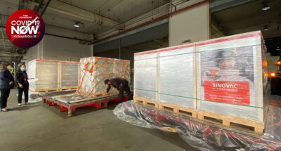 องค์การเภสัชกรรม รับมอบ Sinovac จากจีนอีก 500,000 โดส ปลายพฤษภาคมมาอีก 1.5 ล้านโดส เร่งกระจายฉีดให้กลุ่มเป้าหมาย