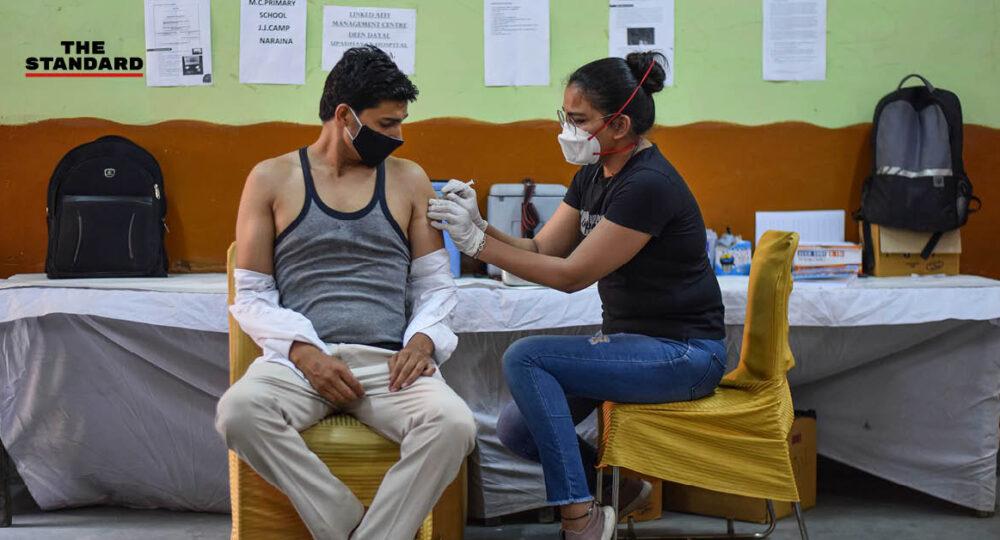 ฉีดวัคซีนโควิด-19