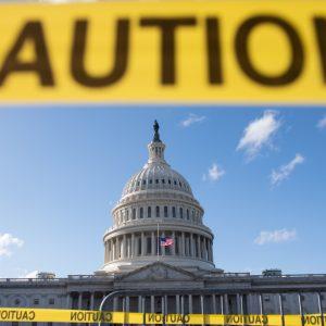 ทำไมต้องชัตดาวน์? เผยเบื้องหลัง Government Shutdown เรื่องไม่ใหม่ของการเมืองสหรัฐฯ