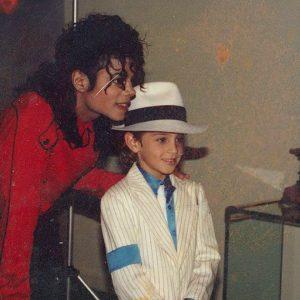 Leaving Neverland สารคดีการกล่าวล่วงละเมิดทางเพศของ Michael Jackson กำลังสะท้อนอะไรให้สังคม?
