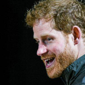 """""""ไม่มีใครในราชวงศ์อยากเป็นกษัตริย์หรือราชินี"""" เจ้าชายแฮร์รี ทรงเปิดพระทัยกับนิตยสาร Newsweek"""
