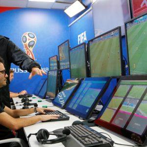 VAR กับการเปิดตัวที่ทั้งดีและร้ายในฟุตบอลโลก